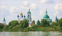 Спасо-Яковлевский Димитриев монастырь. вид с озера Неро