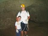 Вместе весело шагать... по пещерам